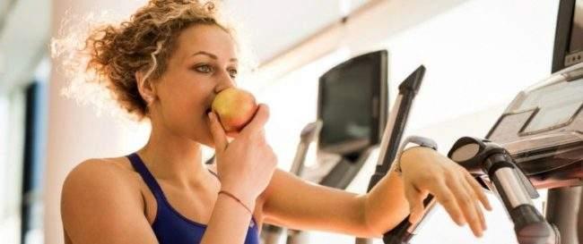 Питание во время тренировок на эллиптическом тренажере